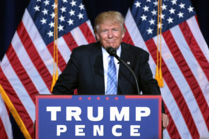 donald_trump_by_gage_skidmore_12-300x200